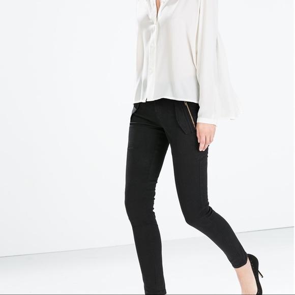 d6c338f8 NWT Zara Black Skinny Cargo High Waisted Jeans NWT